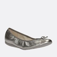Dance Puff Jnr Silver Leather