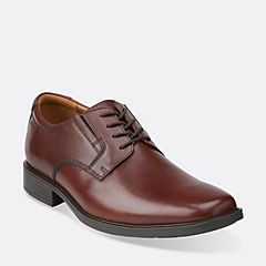 Clarks Tilden Plain Leather Mens Shoes (Brown )