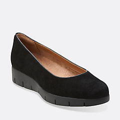 Daelyn Towne Black Suede womens-view-all
