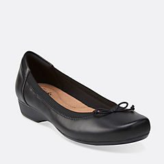 Blanche Nora Black Leather womens-flats