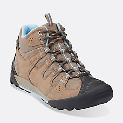 Outlay North Beige Nubuck womens-active