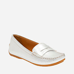 Doraville Nest Silver Leather womens-driving-mocs