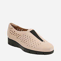 Daelyn Summit Sand Nubuck womens-active