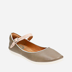 Feature Film Sage Leather womens-flats