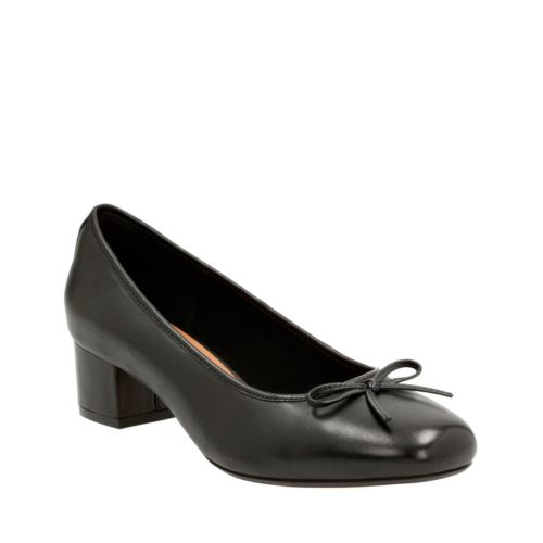 Cala Lucky Black Leather womens-wide-width