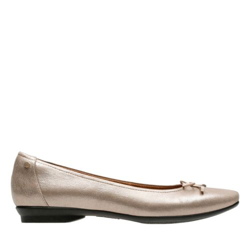Candra Light Champagne Metallic Leather womens-extra-wide-width