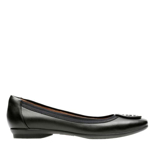 Candra Blush Black Leather womens-extra-wide-width