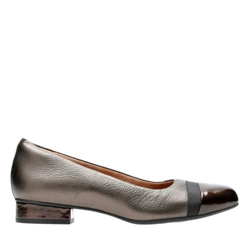 Keesha Rosa Gold Metallic Leather womens-extra-wide-width