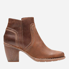 Carleta Paris Brown Oiled Nubuck womens-ortholite