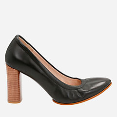 Grace Eva Black Leather womens-heels