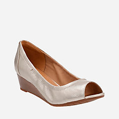 Vendra Daisy Gold Metallic Leather womens-wedges