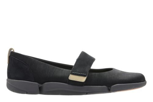 Tri Carrie Black Nubuck womens-active