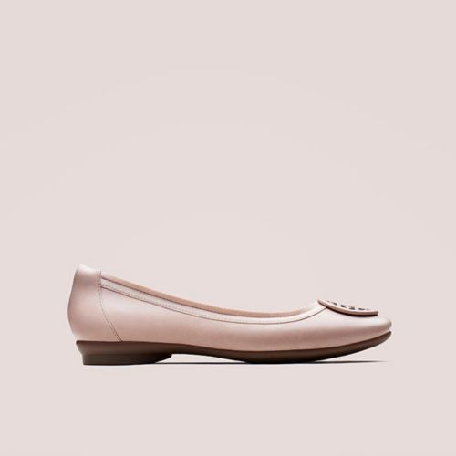 Shop Women's Pink Shoes!