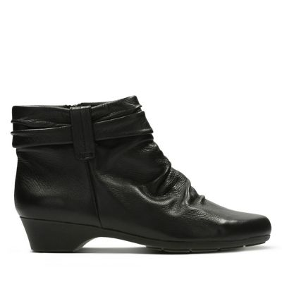 43094f64016 Ankle Boots