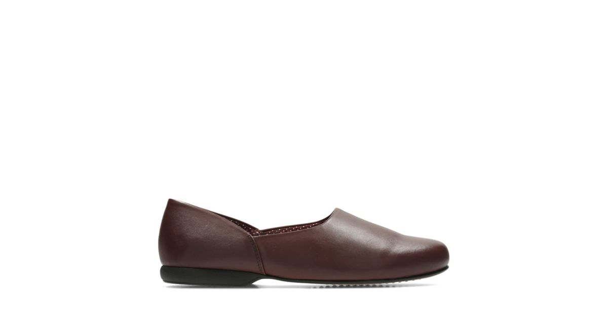b97c2e66687 Harston Lounge Burgundy Leather
