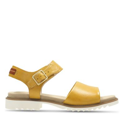 c2a4f155c077 Ferni Fame. Womens Sandals. Yellow Leather
