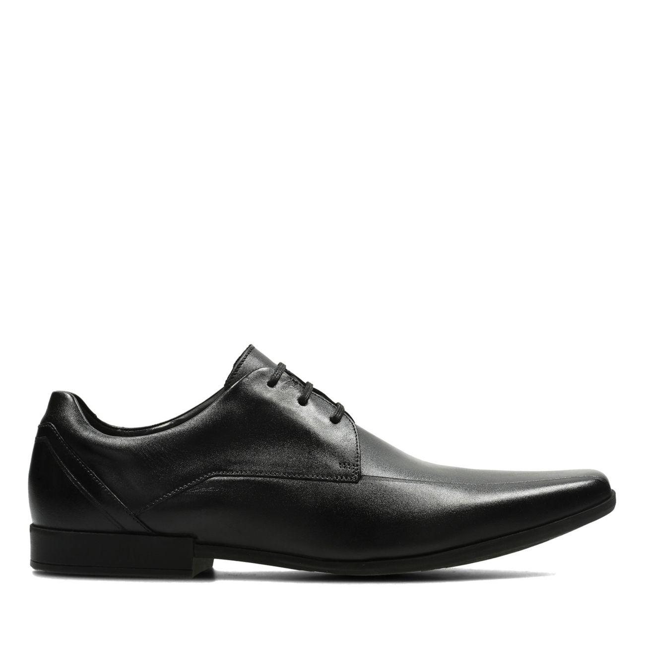 4d82b52885700 Glement Over Black Leather | Clarks