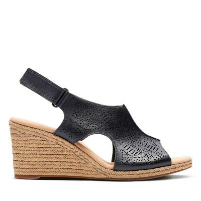 f48db3bbf55 Un Roam Step. Womens Sport Sandals. Black Leather. 5.0 out of 5 stars5 0  5.0 2. Current price   110.00. Lafley Rosen