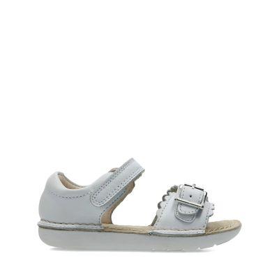 74a2ca647b39 Girls Sandals