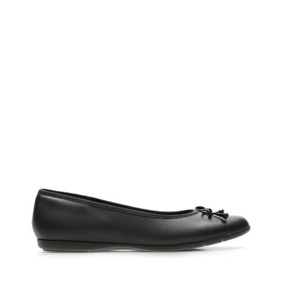 3ff18ac1040ee9 Shoes for Girls - Clarks® Shoes Official Site