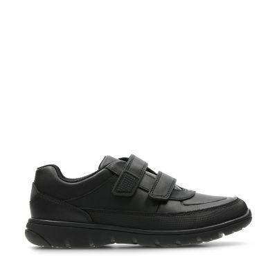 6c097328011 Venture Walk. Chaussures ville garçon. Cuir noir