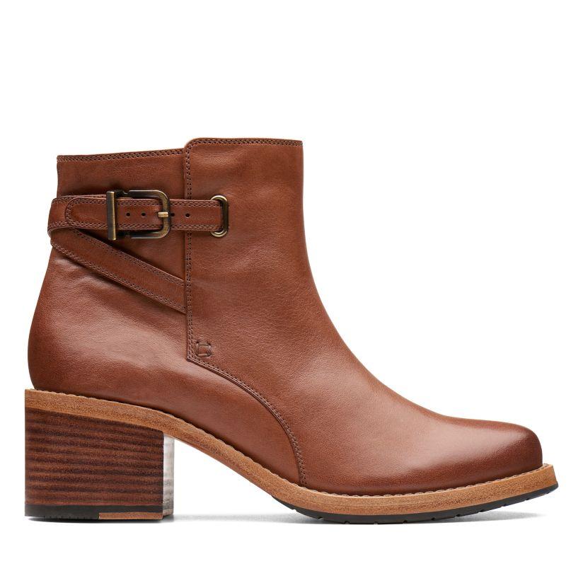 2b3dcec0 Clarkdale Jax Dark Tan Leather - Womens Boots- Clarks® Shoes ...