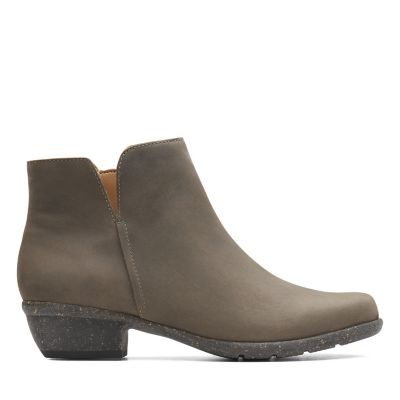e97642573222 Women s Booties   Ankle Boots - Clarks® Shoes Official Site