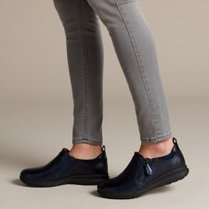 Dependiente Hacia Velo  Un Adorn Zip Navy Combination - Womens Shoes - Clarks® Shoes Official Site  | Clarks