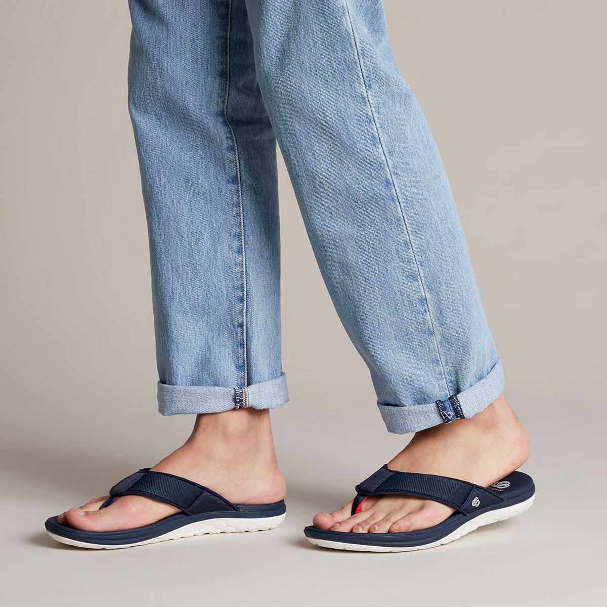 perfume Chorrito Teórico  Step Beat Dune Navy - Clarks Canada Official Site | Clarks Shoes