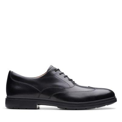 Un Tailor Wing Black Leather