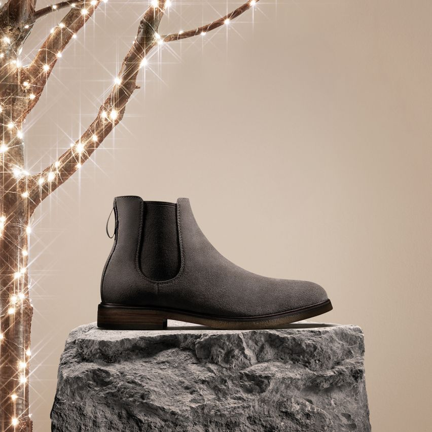 Mens Chelsea Boot- Clarkdale Gobi in Taupe Suede, Shop Mens Gifts