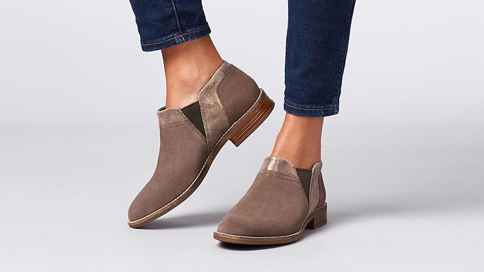 womens ankle boot camzin mix in dark taupe