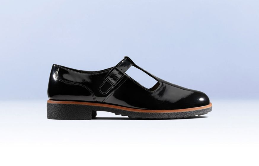 Clarks Griffin Town black patent leather shoes