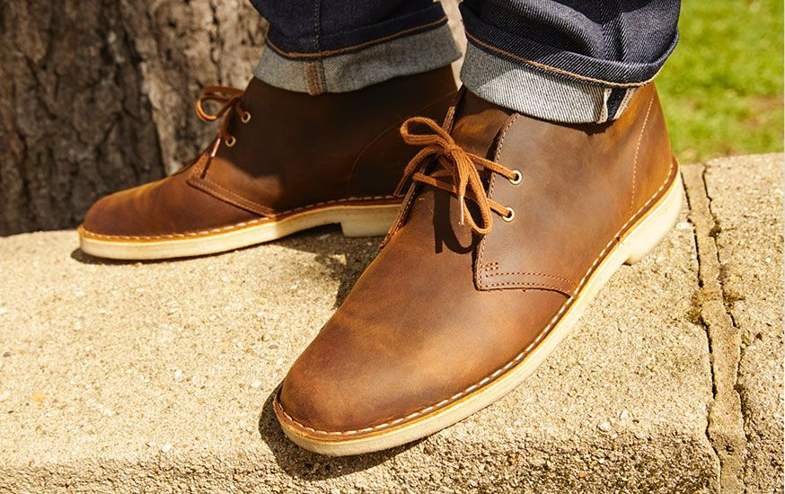 Men's Originals Desert Boots in brown beeswax leather