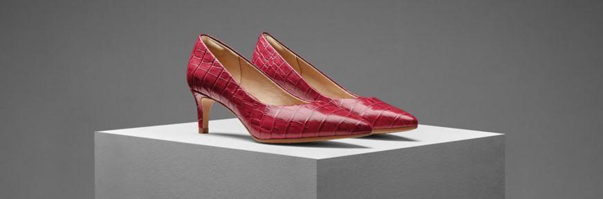 Clarks Laina 55 court shoes