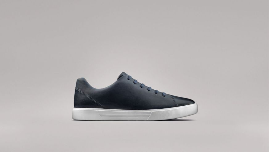Clarks Un Costa Lace trainers in Navy