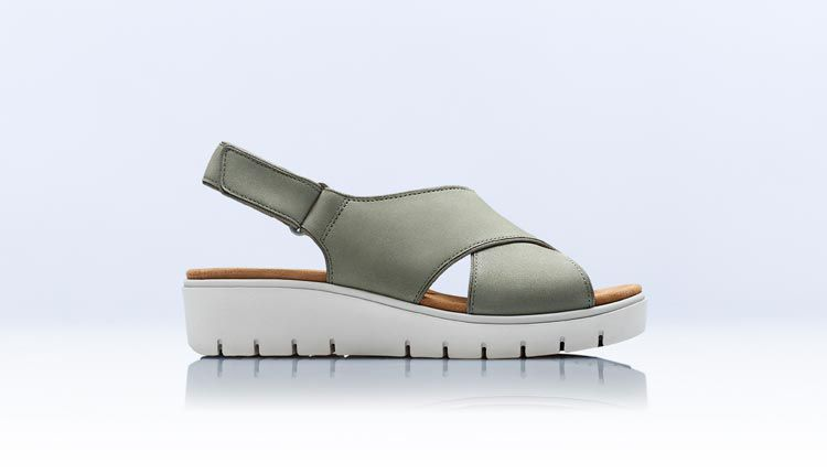 Un Karely Sun sage nubuck womens wedge