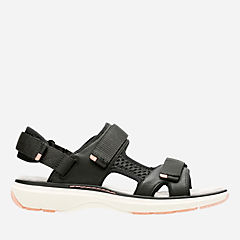 Un Roam Step Black Leather womens-unstructured