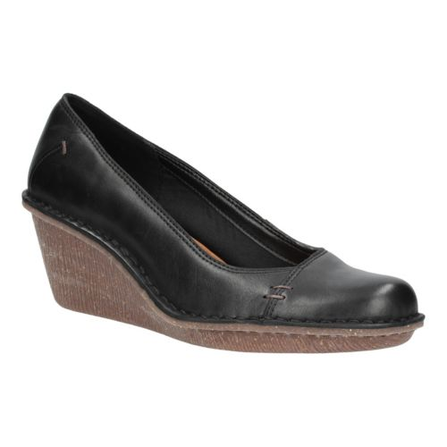 Clarks Womens Casual Clarks Harlan Beach Leather Shoes In