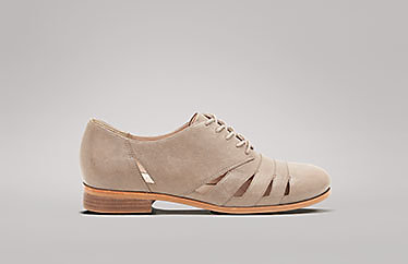 b517a919fd Discount Womens Shoes   Clarks Outlet