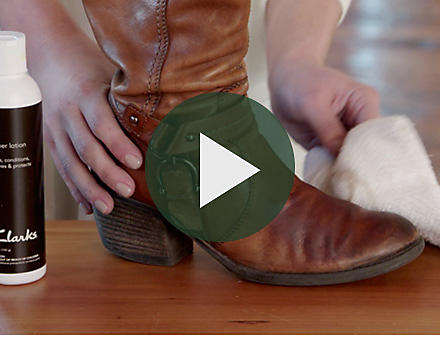 Shoe Care Tutorials Tips And Tools Clarks Shoes Official Site General Weatherproofing Salt Removal